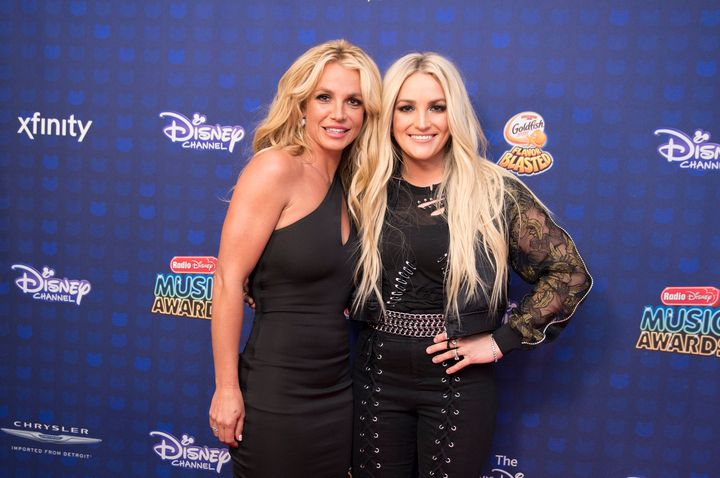 Britney and Jamie Lynn Spears at the 2017 Radio Disney Music Awards in April 2017.