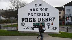 Après l'assassinat de la journaliste Lyra McKee, l'Irlande du nord ressasse son