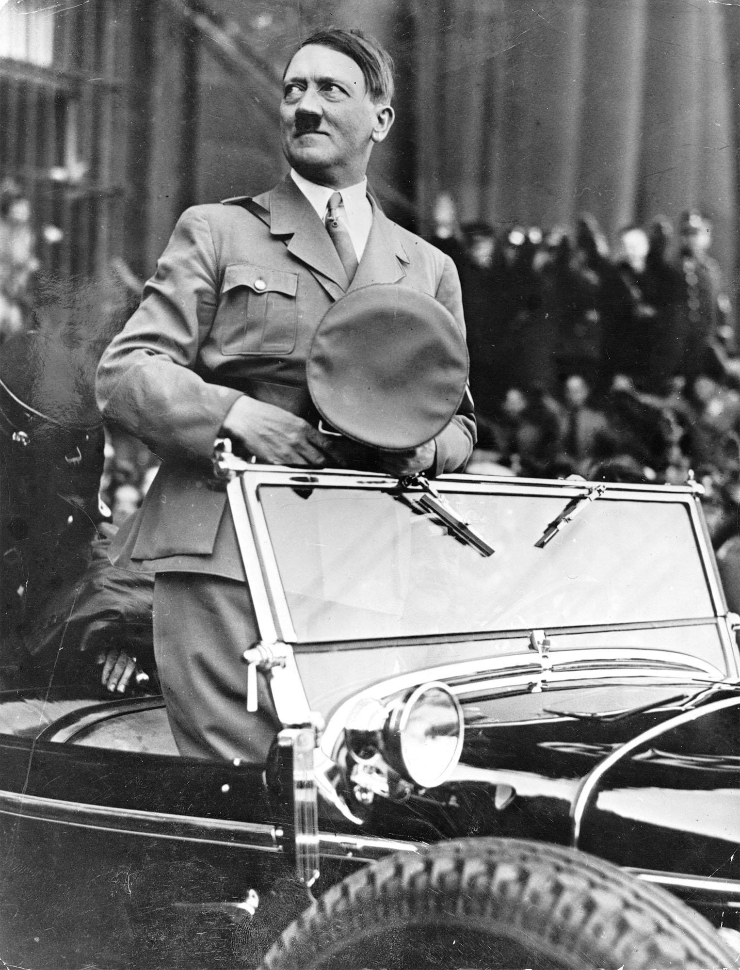 Αποκάλυψη: To FBI δεν πίστευε ότι ο Χίτλερ ήταν