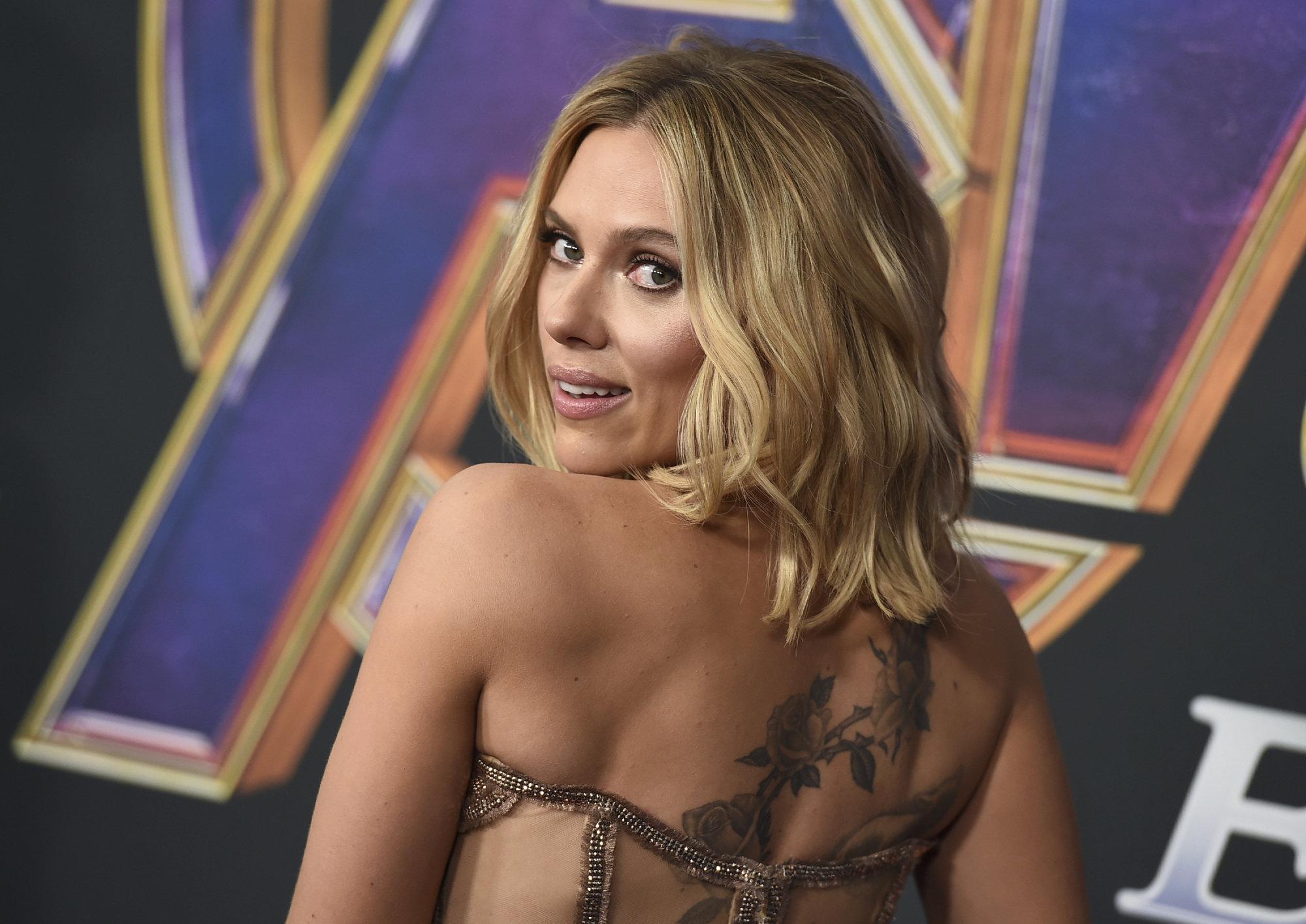 Por qué todo el mundo está hablando de la pulsera de Scarlett