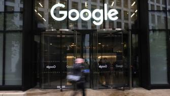 Google staff walk out from Google headquarters, over women's treatment, London on November 1, 2018. Staff at Google offices around the world are staging an unprecedented series of walkouts in protest at the company's treatment of women. Google chief executive Sundar Pichai has told staff he supports their right to take the action.  (Photo by Alberto Pezzali/NurPhoto via Getty Images)