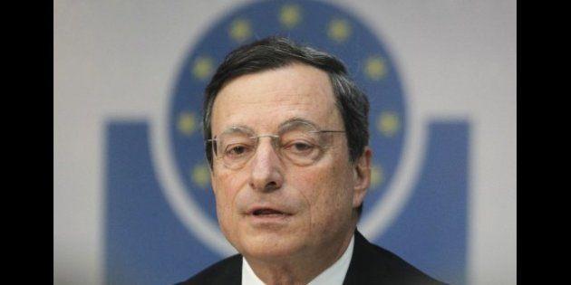 Mario Draghi pronto agli interventi, mentre il NYT scommette sull'uscita della Grecia