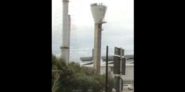 Alcoa, notte sul silo per i tre operai