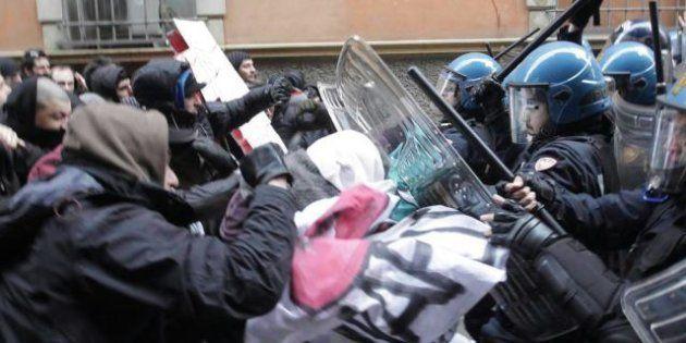 Dall'Alcoa alla Fiat  Napolitano preoccupato: Rischio tensioni