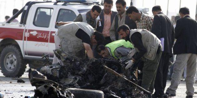 Attentato suicida a Kabulvendetta per il film blasfemoalmeno 12 morti