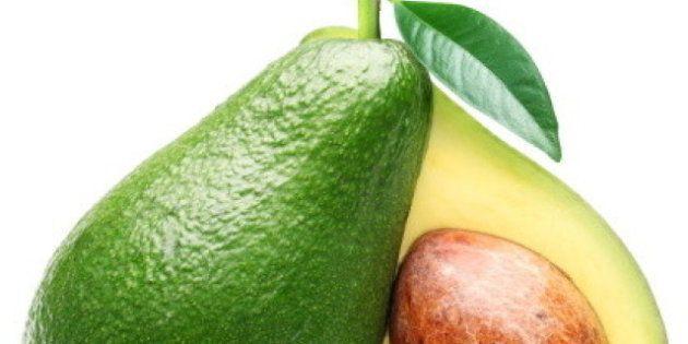 Dall'avocado ai cereali integrali i dieci cibi da tenere in cucina per mangiare sano senza cucinare