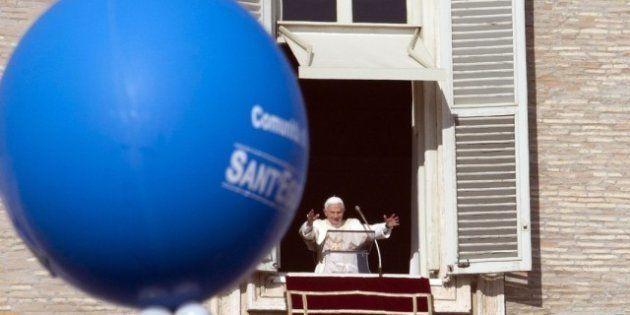 Il Papa: il battesimo si riceve perchè da soli non si diventa