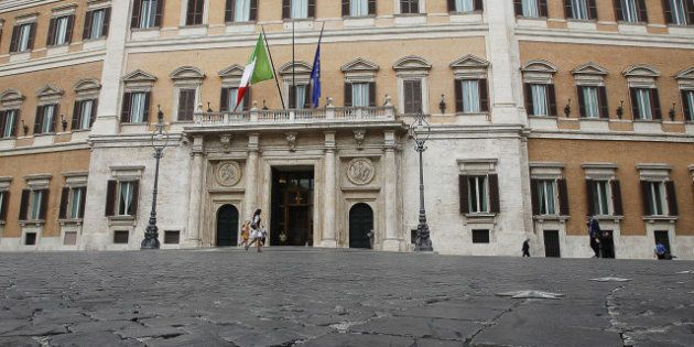Salvatore Vassallo (Pd): I gruppi parlamentari hanno troppi dipendenti, urge