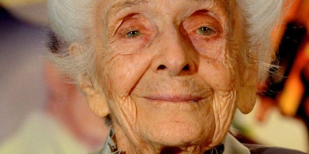 Funerali di Rita Levi Montalcini: folla a Torino per l'ultimo saluto alla regina della