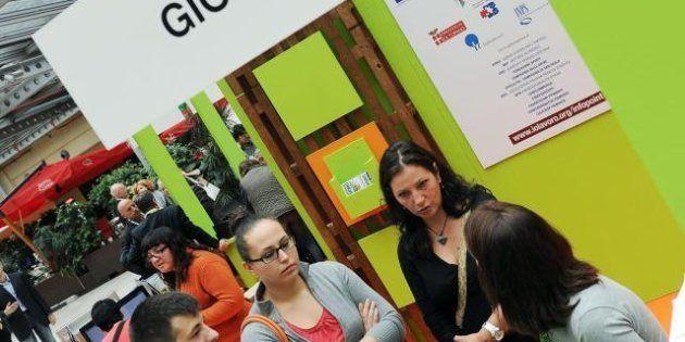 Istat, metà dei giovani è disoccupata. Il 46,7% non lavora, né