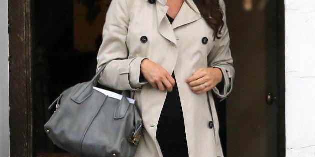 Kate Middleton, impermeabile, ballerine e Tod's