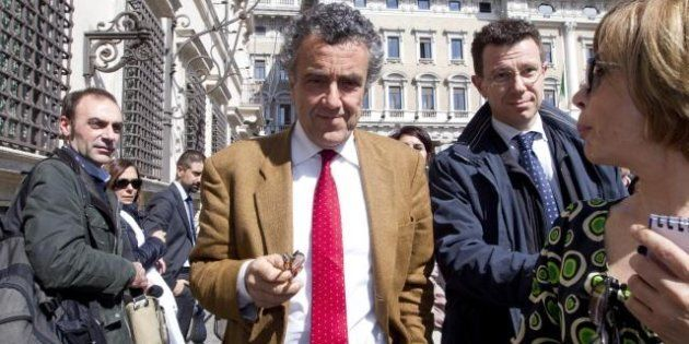 All'ombra della crisi istituzionale, si definisce la sfida congressuale Pd: Renzi vs Barca. Vendola e...