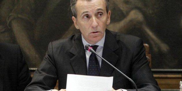 Vittorio Grilli difende il Def: la crescita ci sarà dal 2013. Il Ministro risponde alle critiche di Corte...