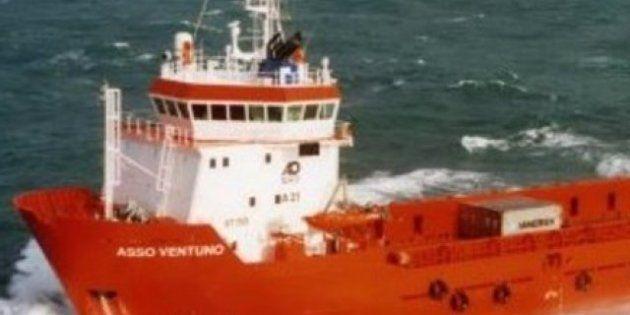 Nigeria: liberati i tre marinai italiani rapiti, finisce l'incubo per Emiliano Astarita, Salvatore Mastellone...