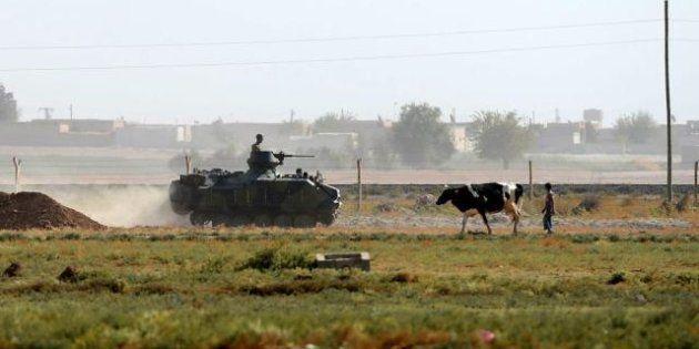 Tensione tra Siria e Turchia: nuovo tiro di mortaio al confine, Ankara bombarda. In Giordania 50mila...
