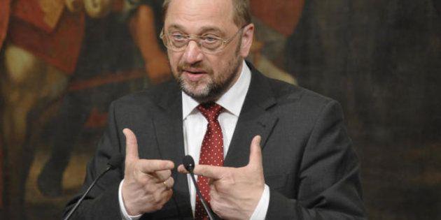Crisi, Martin Schulz e Josè Manuel Barroso contro il governo di Berlusconi: