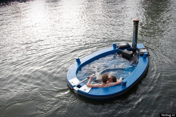 FOTO La prima barca-jacuzzi arriva dai Paesi