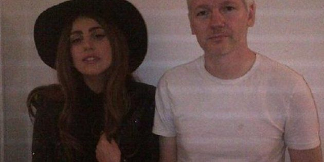 Lady Gaga visita Julian Assange: trovata pubblicitaria o una nuova alleanza?
