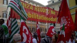 La protesta in piazza: