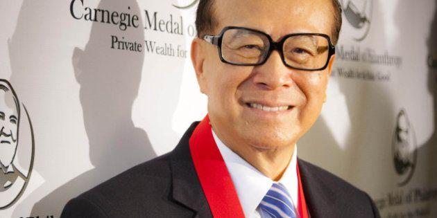 Telecom, l'offerta del cinese Li Ka Shing che seduce i soci. Ma senza governo l'operazione è