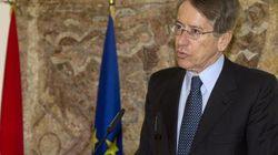 Attentato al console italiano in Libia. Il ministro Terzi: si vuole