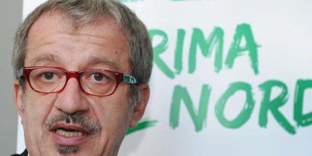 Scandalo Lombardia, la Lega scarica Formigoni. Maroni apre il dossier del voto in