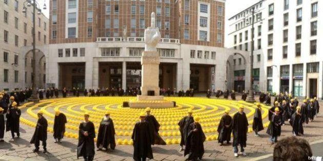 Giornata della Collera: a Piazza Affari cento caschetti contro la crisi dell'edilizia