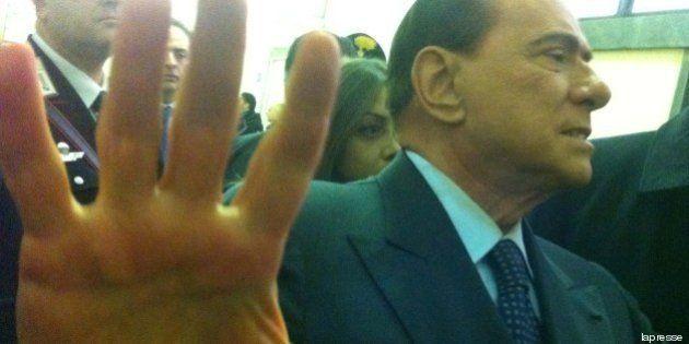 Silvio Berlusconi ineleggibile? Il dossier del Movimento 5 stelle per