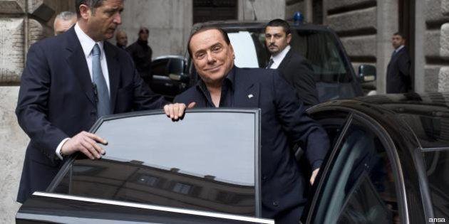 Silvio Berlusconi processo Mediaset: l'interdizione dai pubblici uffici si allontana. La pena sarebbe...