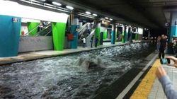 Napoli, metro allagata e polemiche