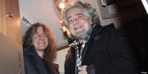 Beppe Grillo è tesoriere dei Cinque Stelle, è obbligato a rendere pubblici i suoi redditi. Interrogazione...