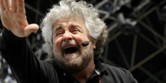 Beppe Grillo a Berlusconi: