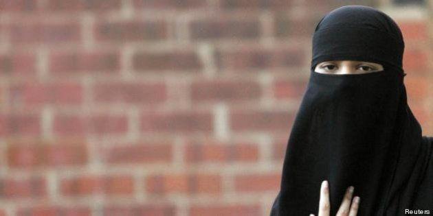 Siria: nati primi figli 'jihadiste del sesso' tunisine. Sposano a tempo gli anti-Assad per permettere...