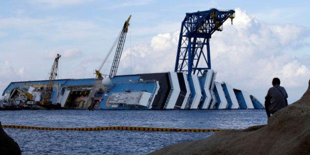 Concordia: prosegue l'incidente probatorio. Schettino a naufraghi tedeschi: