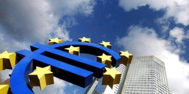 Crisi euro, per aiutare i Paesi in difficoltà l'Italia ha già pagato 43,7 miliardi di euro. Il dato della...