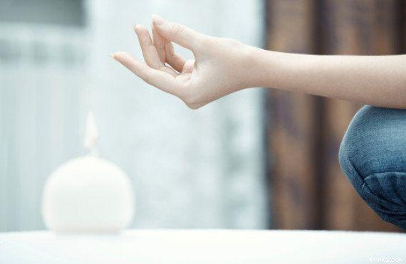 Mudra, il potere è nelle mani: lo yoga dei sacri sigilli da praticare ovunque