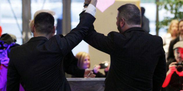 Matrimoni gay in Gran Bretagna vietati solo per gli anglicani. Ma le altre confessioni religiose potranno