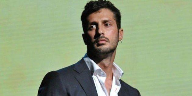 Estorsione a David Trezeguet, Fabrizio Corona dovrebbe andare in carcere ma non si fa trovare.