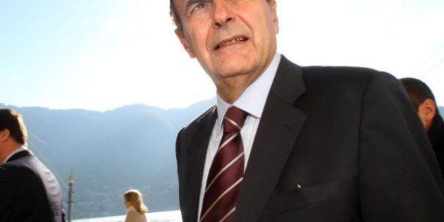 Bersani insiste: basta parlare con gente basata alle Cayman. E Serra, il finanziere sostenitore di Renzi,...