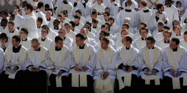 Pedofila, nel giorno in cui Papa Francesco parla dell'incoerenza dei pastori che mina la credibilità...