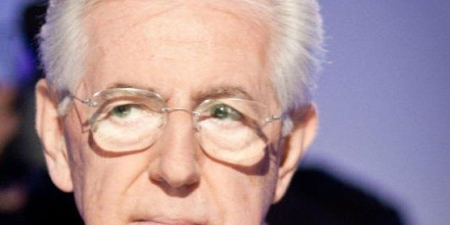 Elezioni 2013, Mario Monti a Bergamo apre ufficialmente la campagna elettorale ma il Financial Time lo...