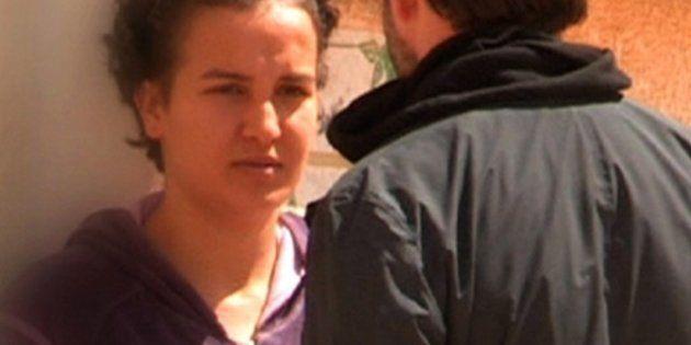 Amina: la madre denuncia la scomparsa, la giovane attivista tunisina parla via Skype con le Femen (FOTO,