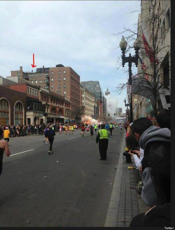Boston, bombe sulla maratona. Le immagini dell'attentato (FOTO,