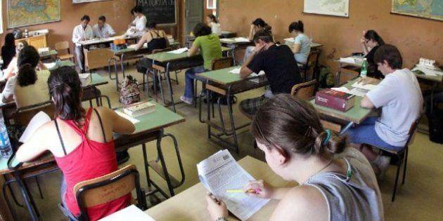 Concorso per la scuola: docenti pagati un euro l'ora, l'Ue apre procedura d'infrazione: troppi professori