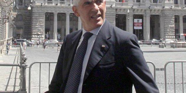 La freddezza di Mario Monti con gli sponsor Casini e Enrico Letta: