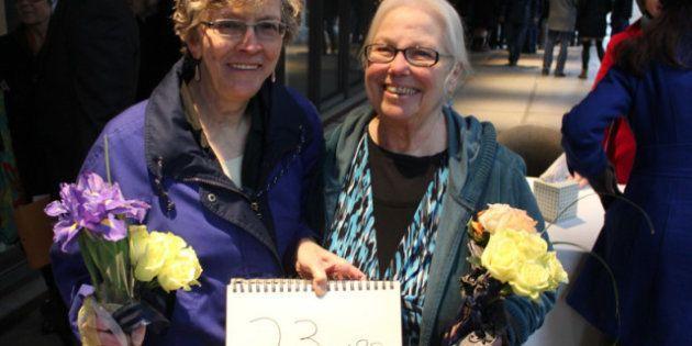 Matrimoni gay Washington, dichiarazioni d'amore di uomini e donne omosessuali in fila per sposarsi