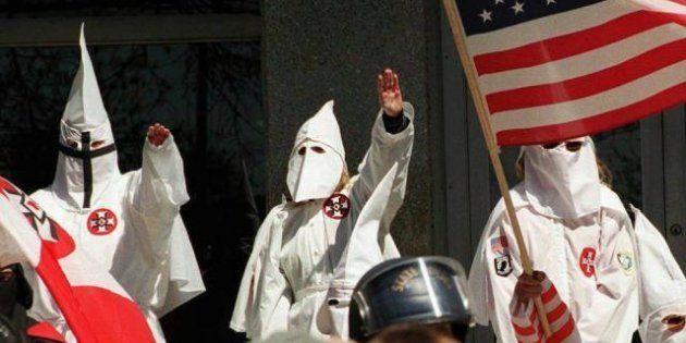 Louisiana, il Ku Klux Klan dà fuoco a una ragazza nera. Sharmeka Moffitt, 20 anni, è in gravi condizioni....