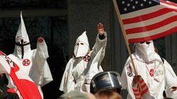 Ku Klux Klan brucia ragazza