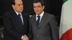 Berlusconi sequestrato da Nicola Cosentino a palazzo Grazioli. E Alfano sbotta: