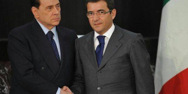 Elezioni 2013, Berlusconi non candida Nicola Cosentino. E lui prende la lista del Pdl in Campania e scappa....